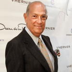 Fashion Legend, Oscar de la Renta Dies at 82