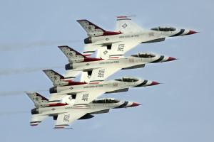 Thunderbirds-airshow