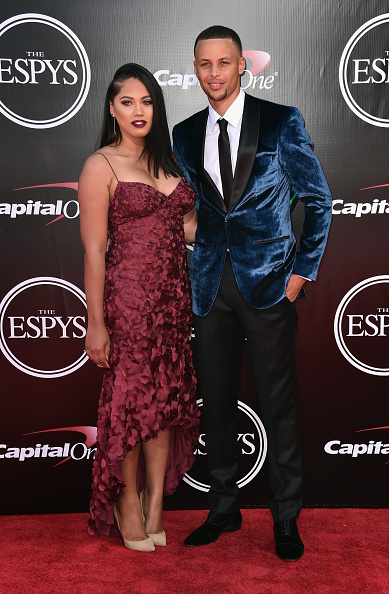 LOS ANGELES, CA - JULY 13:  NBA player Stephen Curry (R) and Ayesha Curry attend the 2016 ESPYS at Microsoft Theater on July 13, 2016 in Los Angeles, California.  (Photo by Alberto E. Rodriguez/Getty Images)
