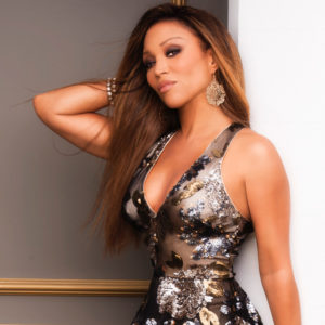 R&B Songstress Chante Moore Releases New Music Video