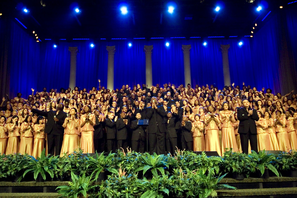 when it comes to choirs theyve done it all theyve sold out madison square garden they sang after james taylor and before beyonc at president obamas - Brooklyn Tabernacle Christmas Show