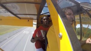 Harlem Globetrotter Makes Epic Shot from an Airplane