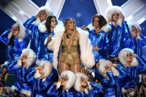 JLO Rocks MTV VMA's & Accepts Vanguard Award [Full Performance]