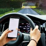 Study: Rideshare Drivers Are Checking Social Media While Behind the Wheel