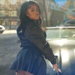 "Rising R&B Singer-Songwriter Meshae Releases Official New Single, ""Kick It"""